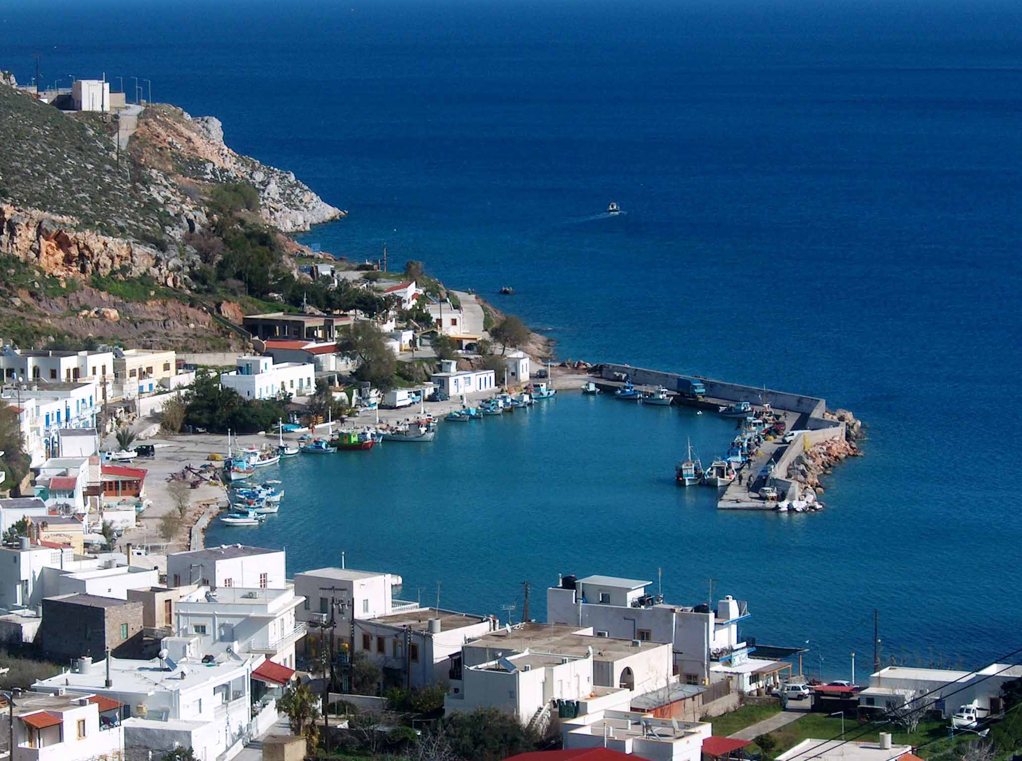 ABOUT LEROS